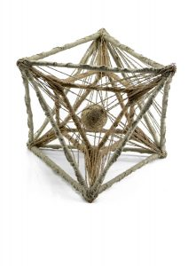 Viera-Černáková-Vesmírna-geometria-1-Individuálna-textilná-technika